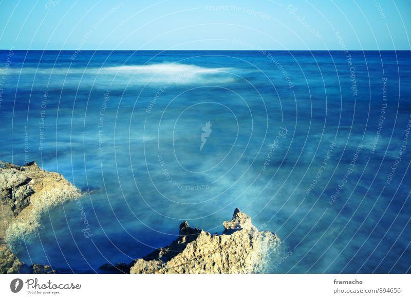 Mediteranea Himmel Natur Ferien & Urlaub & Reisen Wasser Sommer Sonne Erholung Meer Landschaft ruhig Ferne Umwelt Wärme Küste Schwimmen & Baden Stein