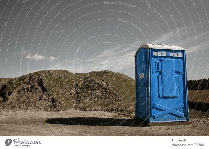 toilette im niemandsland Erde Bad Pause Baustelle Sauberkeit Toilette Konzert Handwerk Mobilität Bauarbeiter Musikfestival Miettoilette Plumpsklo