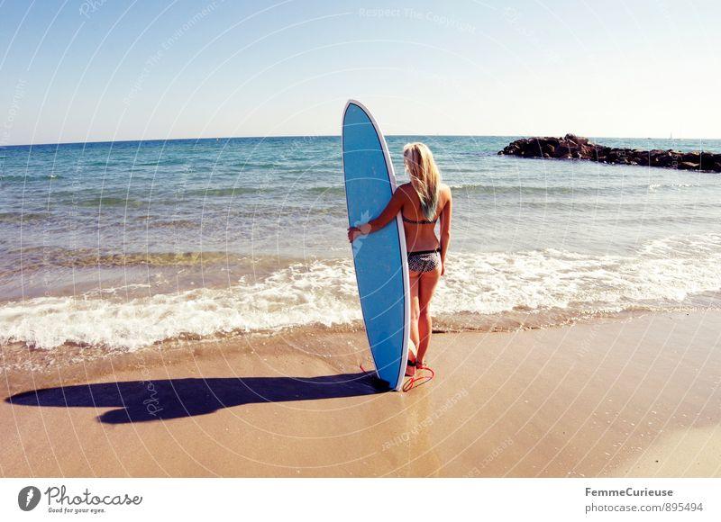 SurferGirl_06 Mensch Frau Ferien & Urlaub & Reisen Jugendliche Meer Junge Frau 18-30 Jahre Ferne Erwachsene Bewegung feminin Sport Glück Freiheit