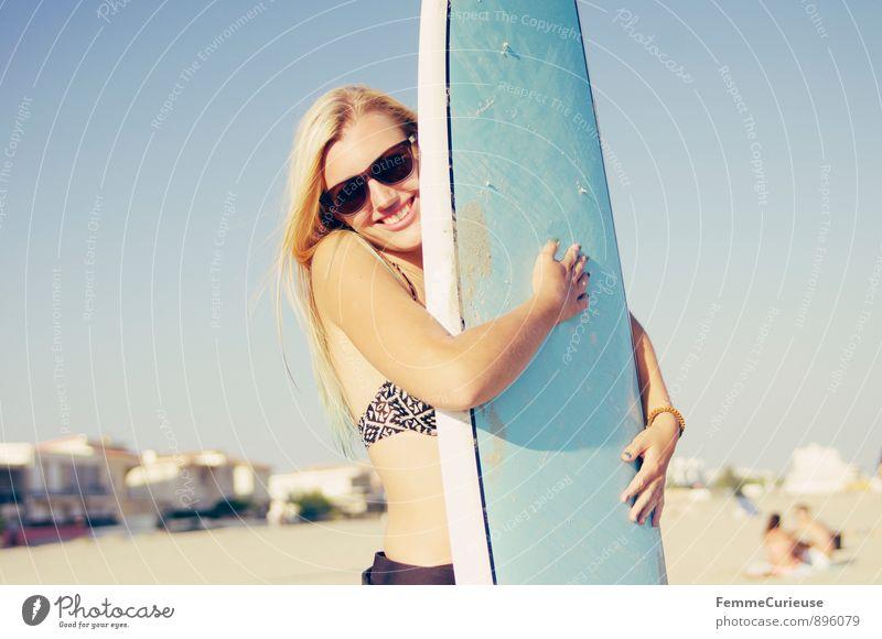 SurferGirl_04 Mensch Frau Ferien & Urlaub & Reisen Jugendliche Sommer Sonne Meer Junge Frau Freude 18-30 Jahre Strand Erwachsene Bewegung feminin Sport