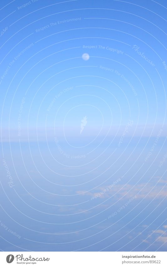 flight 7845 Himmel blau Wolken hell glänzend Nebel Horizont Erde Luftverkehr Bodenbelag Mond Schleier