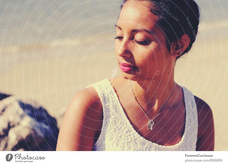 Mademoiselle_02 Mensch Frau Ferien & Urlaub & Reisen Jugendliche schön Sommer Sonne Erholung Meer Junge Frau ruhig 18-30 Jahre Strand Erwachsene feminin Stil