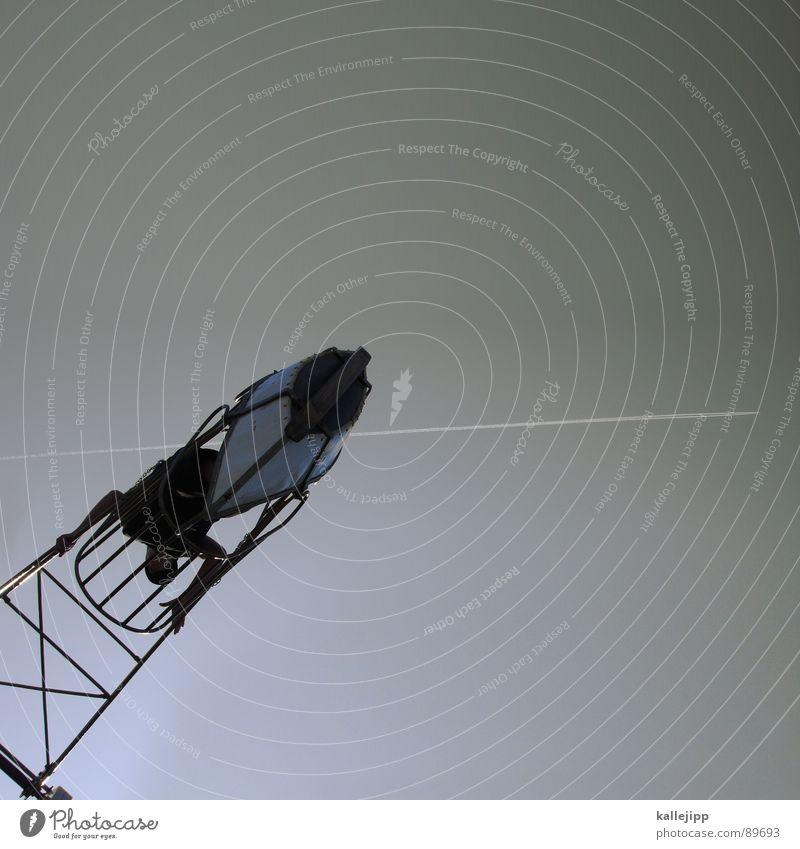 top gun Himmel Freude Spielen Wasserfahrzeug Kindheit fliegen Geschwindigkeit gefährlich verrückt Weltall Mut Lebensfreude Jahrmarkt Held Schaukel Versicherung