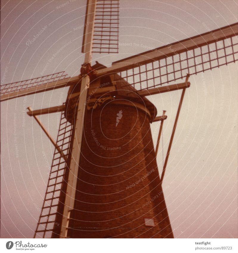 windkraft alt Sommer Ferien & Urlaub & Reisen retro Windkraftanlage trashig historisch Siebziger Jahre Niederlande Mittelformat Mühle zerkratzen verschlissen