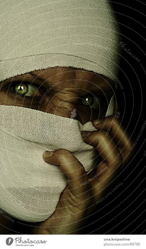 ophidienne II Frau Hand weiß grün Auge Angst verrückt leuchten Stoff Krankheit skurril böse Seele Panik Verband