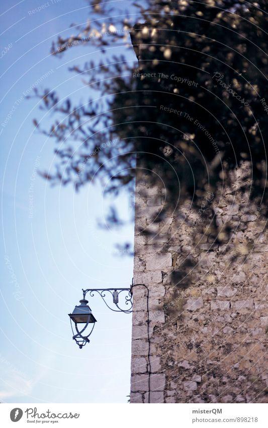 Mit seiner Laterne. Kunst ästhetisch Zufriedenheit Straßenbeleuchtung Südfrankreich mediterran Altstadt Frankreich Cote d'Azur Olivenbaum Gebäude Wand