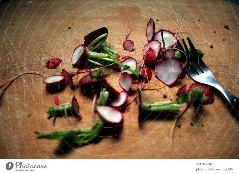 Radieschen Vitamin Ballaststoff Grünpflanze Wurzelgemüse Rest Biomüll Kompost entsorgen Gastronomie Vegetarische Ernährung Vergänglichkeit radi