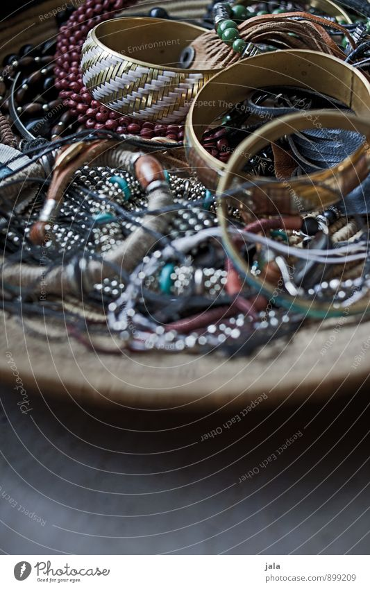 mädchenkram feminin natürlich Mode ästhetisch trendy Schmuck Schalen & Schüsseln Sammlung Halskette Accessoire alternativ Armband Armreif