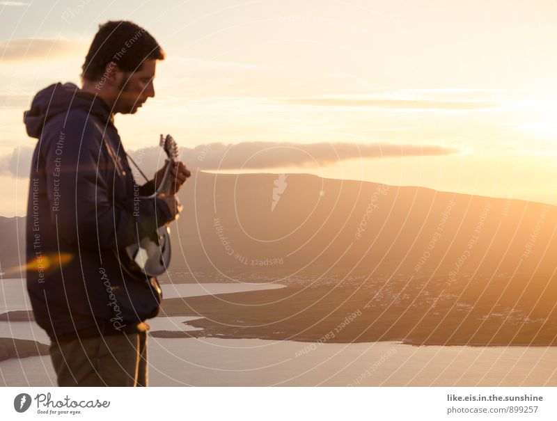 morning has broken *sing Herbst Glück maskulin Musik herbstlich Gitarre Musiker Nordirland
