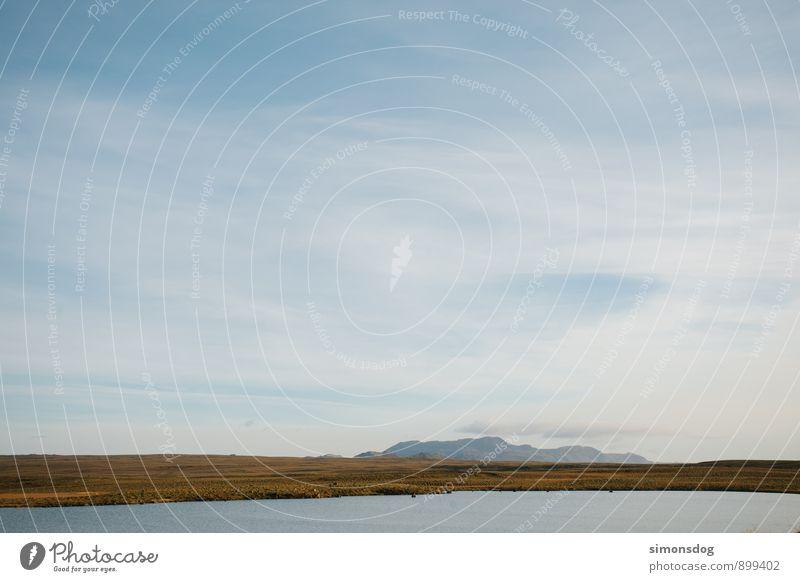 I'm in Iceland. Natur Landschaft Wolken Schönes Wetter Pflanze Gras Hügel Berge u. Gebirge See Idylle Ferien & Urlaub & Reisen ruhig Erholung Geborgenheit