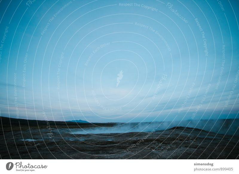 I'm in Iceland. Natur Landschaft Wolkenloser Himmel Horizont Ferien & Urlaub & Reisen Wasserdampf Geysir Teich Island Gas kalt Farbfoto Außenaufnahme