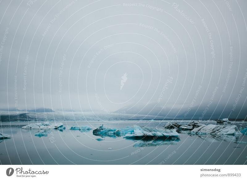 I'm in Iceland. Natur Ferien & Urlaub & Reisen blau Wasser Meer Landschaft ruhig Wolken Winter kalt Berge u. Gebirge Bewegung See Eis Idylle Nebel