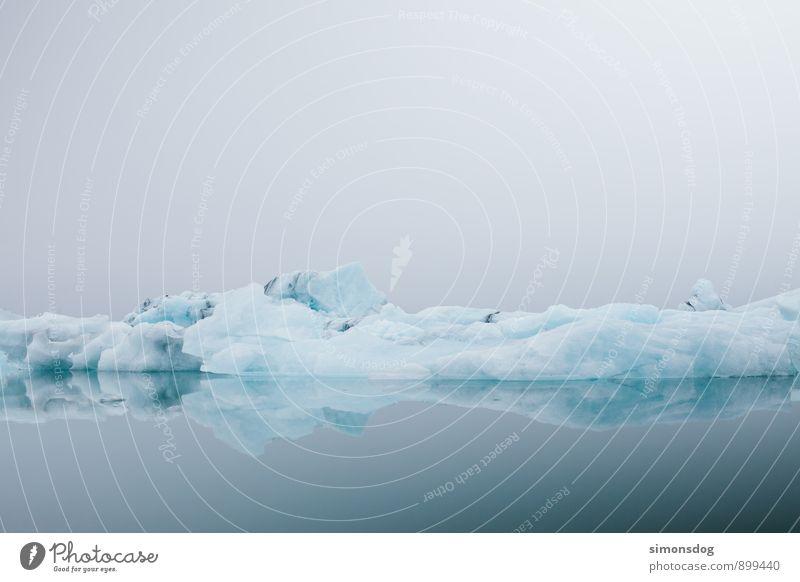 I'm in Iceland. Natur Ferien & Urlaub & Reisen blau Meer ruhig Winter kalt Umwelt See Eis Idylle Nebel Zufriedenheit Klima Frost Im Wasser treiben