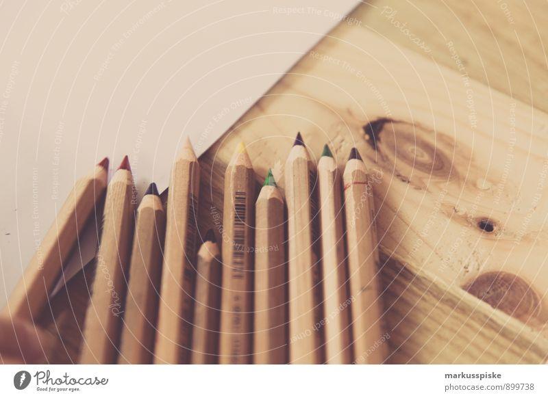 buntstifte Kind Farbe Stil Schule träumen Business Design Idee malen Bildung streichen schreiben Konzentration Leidenschaft Schüler Kindergarten
