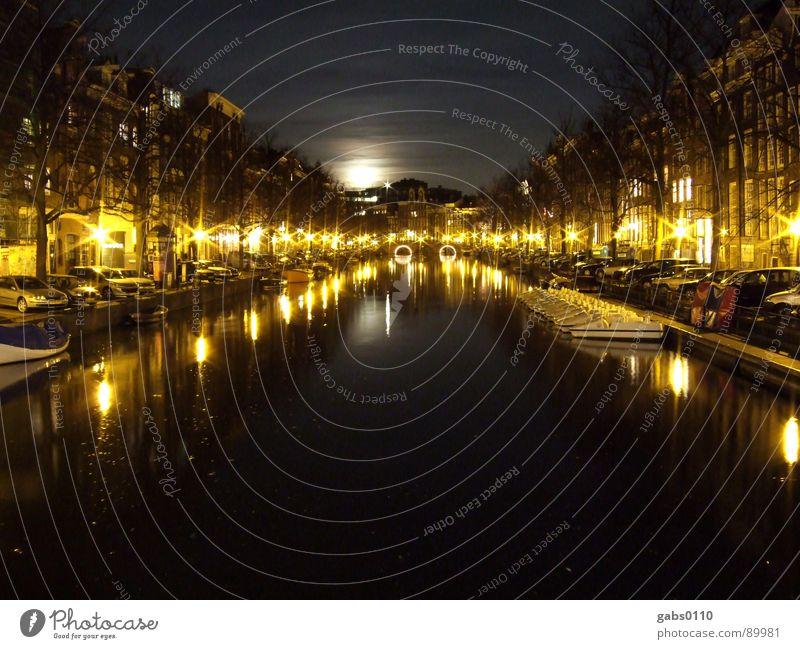 Night in Amsterdam Nacht Wasserfahrzeug dunkel Licht Laterne Brücke Mond Fluss Abwasserkanal
