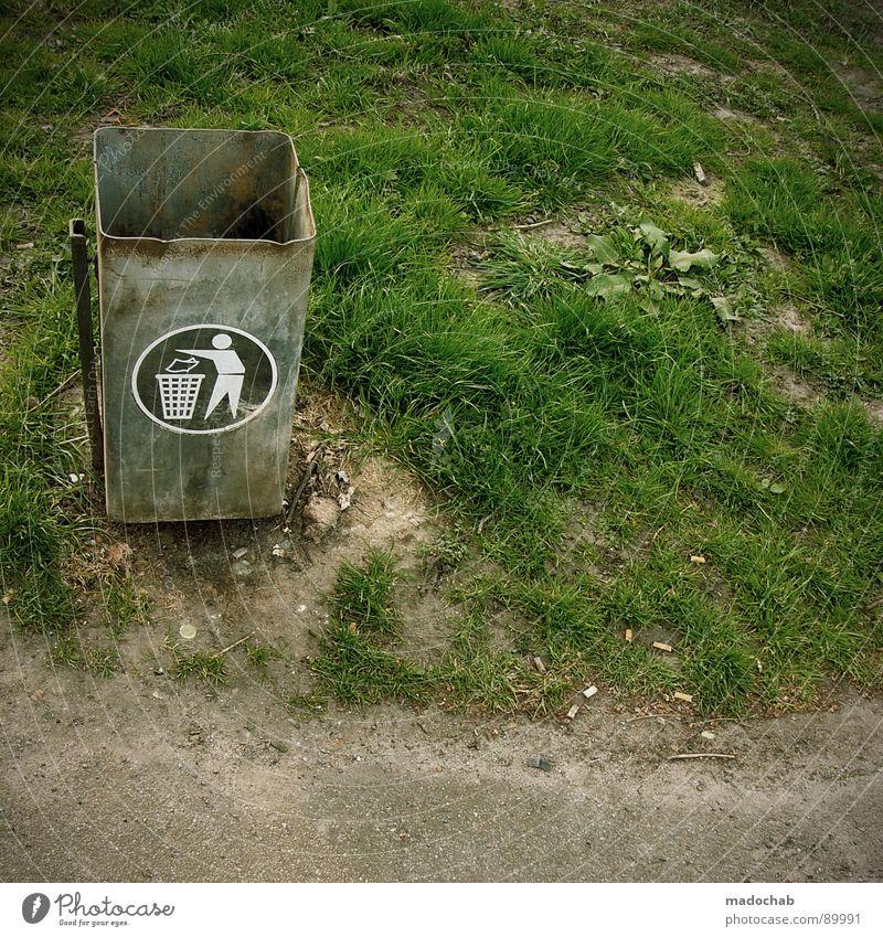 TRASHISM Natur Wiese Park Umwelt Schilder & Markierungen Müll Vergänglichkeit Dinge trashig Container Umweltschutz Recycling Müllbehälter wegwerfen