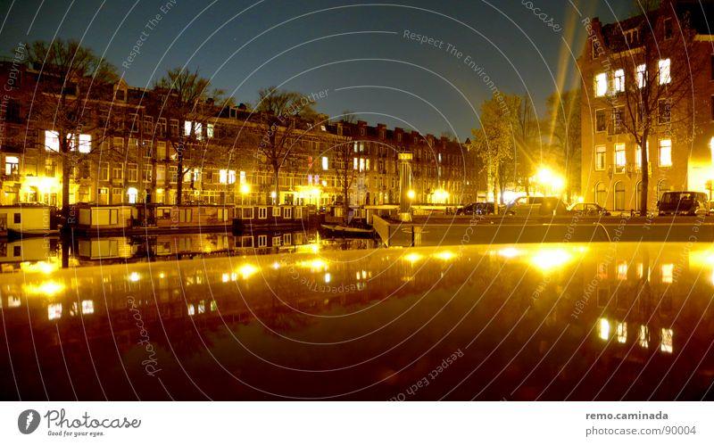 Siehe Bemerkung Wasser Himmel Stadt dunkel Fenster Stimmung Architektur Wohnung Romantik Häusliches Leben fantastisch Doppelbelichtung Windstille Amsterdam