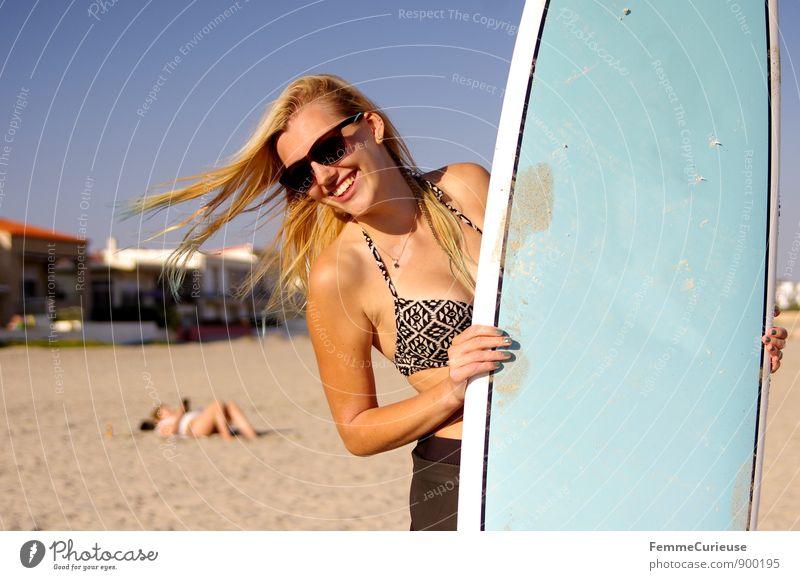 SurferGirl_09 Mensch Frau Ferien & Urlaub & Reisen Jugendliche Sommer Sonne Meer Junge Frau 18-30 Jahre Strand Ferne Erwachsene Bewegung feminin Sport Freiheit