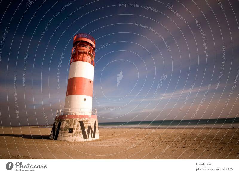West-Nordwest Leuchtturm Leuchtfeuer Strand Küste See Meer Licht Wolken Ferien & Urlaub & Reisen Zeit Ewigkeit Osten Süden Richtung rot weiß Erholung ruhig
