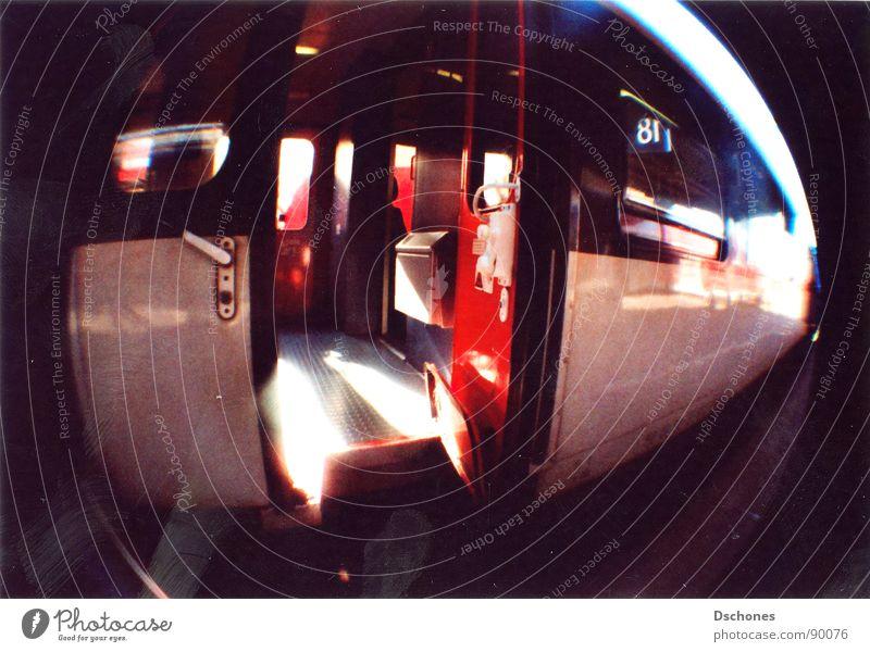 HEIM   FAHRT Eisenbahn Regionalbahn Verkehr Verkehrsmittel Bewegung fahren transferieren Geschwindigkeit Stress Lomografie Bahnhof Regionalexpress Fischeye