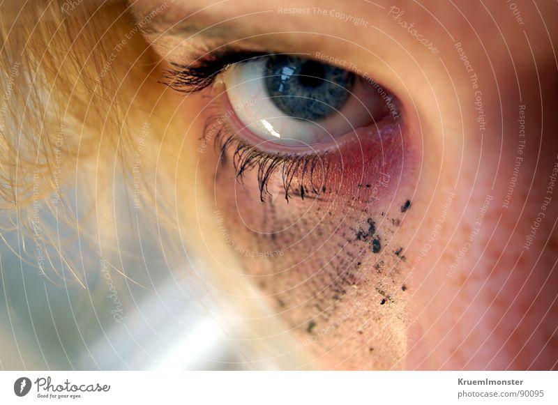Ozean Jugendliche blau Auge Haare & Frisuren Nase Wimpern geschminkt