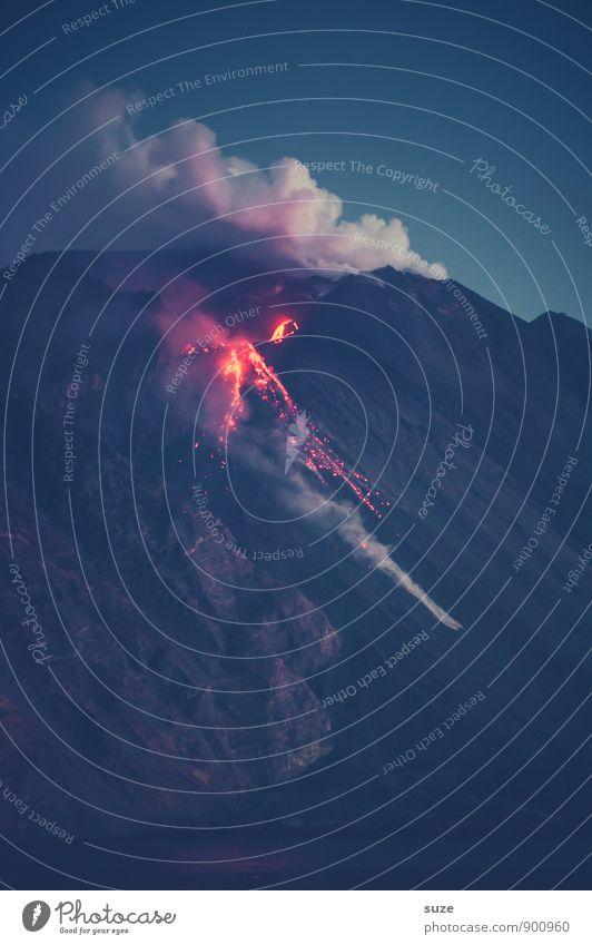 Heiß wie ein Vulkan Ferien & Urlaub & Reisen Abenteuer Expedition Insel Berge u. Gebirge Umwelt Natur Feuer Gipfel Rauch authentisch fantastisch Italien