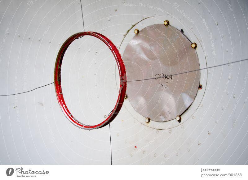 Detail einer Parabolantenne Telekommunikation High-Tech Informationstechnologie Schraube Eisenplatte Draht Ziffern & Zahlen Kreis Wort einfach rund Reflektor