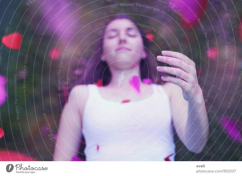 Verliebt feminin Jugendliche Erwachsene Gesicht Hand 1 Mensch 13-18 Jahre Kind 18-30 Jahre Herz träumen Fröhlichkeit Glück Geschwindigkeit rosa rot Liebe