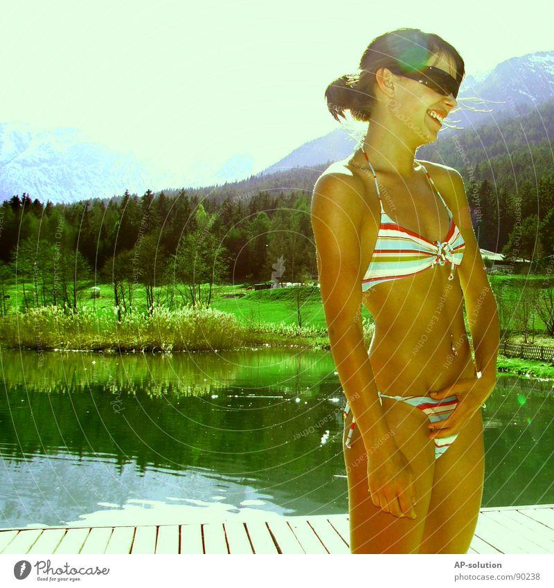 she wore an ... Frau Natur Jugendliche Himmel Sonne blau Sommer Freude Gefühle Stil Berge u. Gebirge Frühling lachen Wärme Landschaft retro