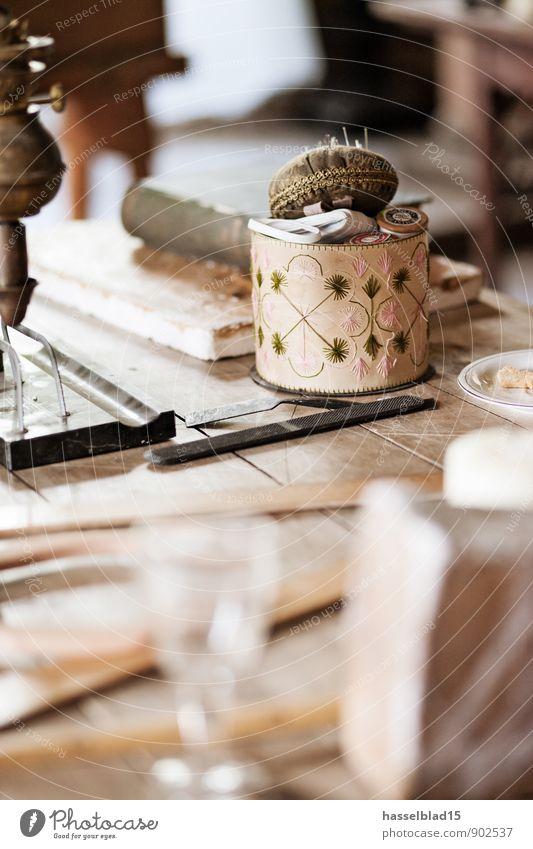 Atelier nähen schön Erholung ruhig Freude Stil Glück Lifestyle Schule Wohnung Design elegant Tisch lernen einzigartig Wohlgefühl harmonisch