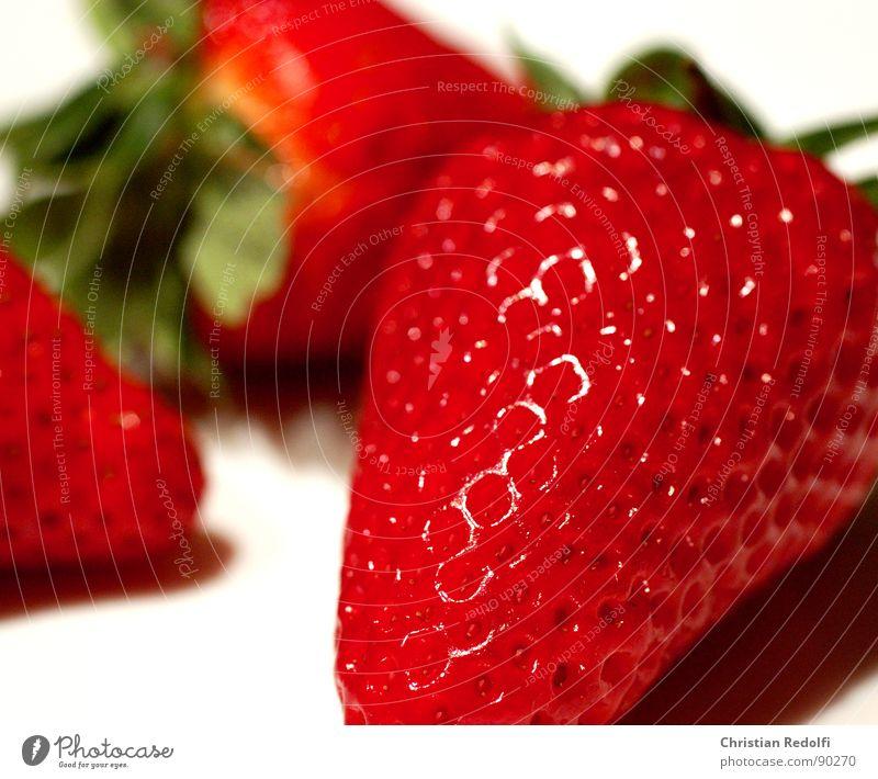 Strawberry 1 rot grün weiß Makroaufnahme Erdbeeren Frucht Fruchtfleisch Ernährung süß Vegetarische Ernährung Lebensmittel macrophotography Pflanze
