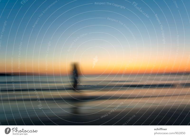 Ghost Mensch 1 Natur Landschaft Wasser Wellen Strand Meer dunkel gruselig blau Verstand Geister u. Gespenster geisterhaft Geisterstunde Erscheinung