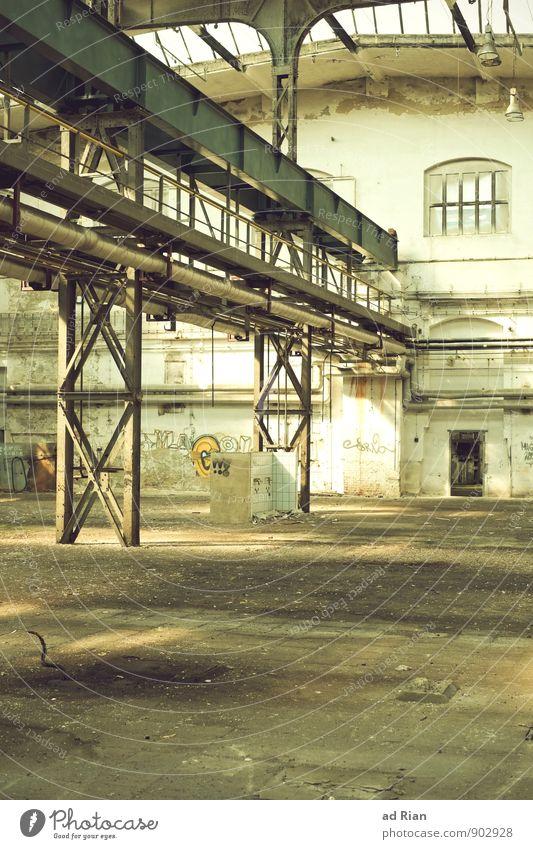 not used! Renovieren Innenarchitektur Kran Industrie Menschenleer Ruine Bauwerk Gebäude Architektur Halle Mauer Wand Fassade Arbeit & Erwerbstätigkeit