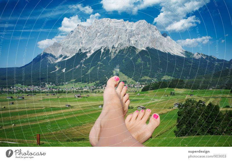 my point of view Glück Fitness Erholung ruhig Meditation Tourismus Sommer Sommerurlaub Berge u. Gebirge wandern Feierabend Fuß Natur Himmel Wolken Felsen Gipfel