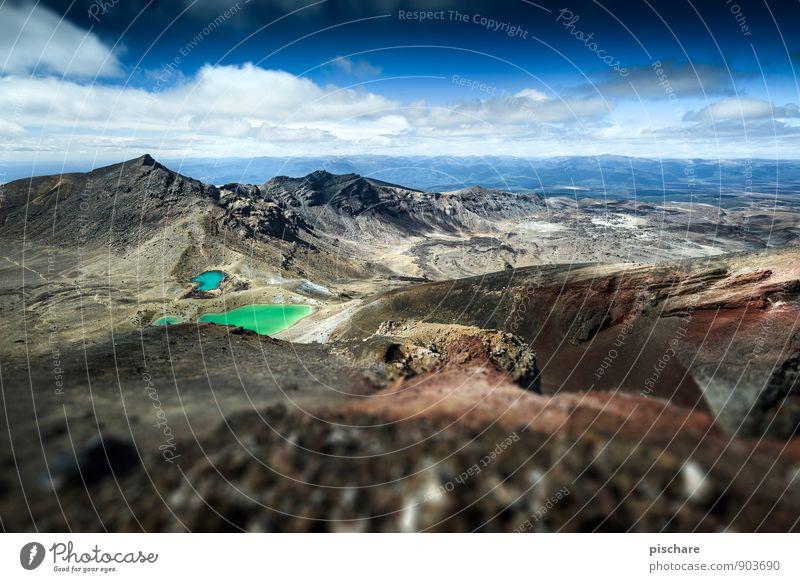 NZ Natur Landschaft Felsen Berge u. Gebirge Vulkan See eckig Abenteuer Neuseeland tongariro Farbfoto Außenaufnahme Menschenleer Tag Unschärfe