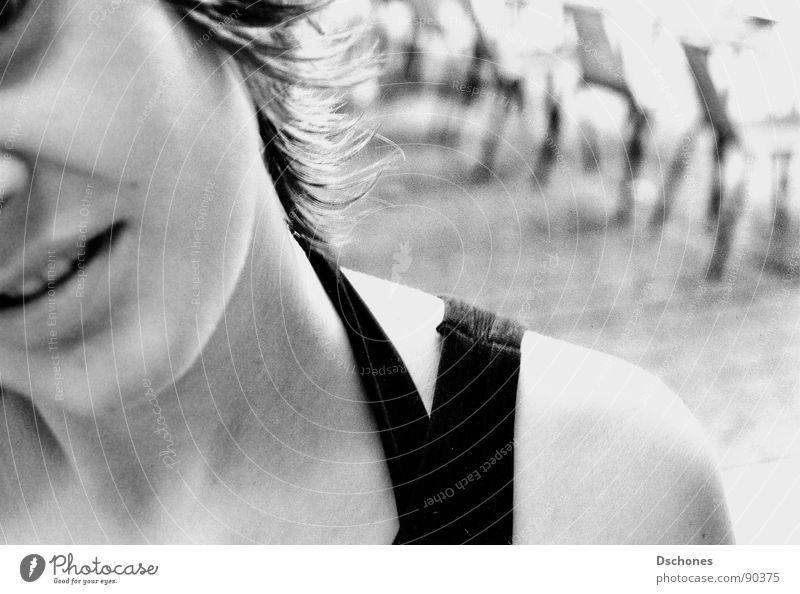 RELATION Frau Jugendliche Mädchen Erwachsene Gesicht feminin Neugier Schulter