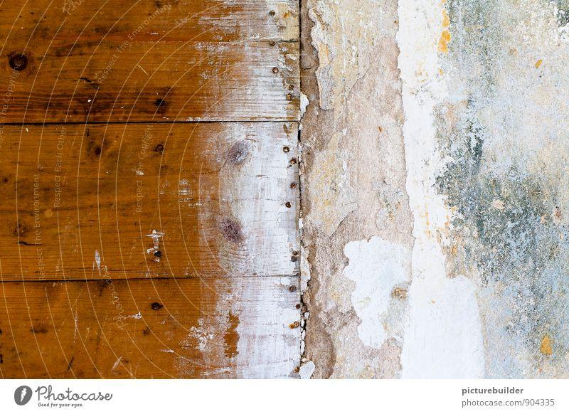 Schnittstelle Mauer Wand Holz alt trashig Senior stagnierend Trennung Umzug (Wohnungswechsel) Verfall Vergänglichkeit Häusliches Leben Tapete Tapetenwechsel