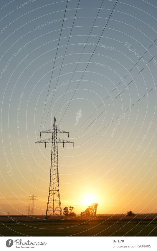 Energieverteilung Energiewirtschaft Technik & Technologie Fortschritt Zukunft High-Tech Erneuerbare Energie Sonnenenergie Elektrizität Netzwerk Netzausbau