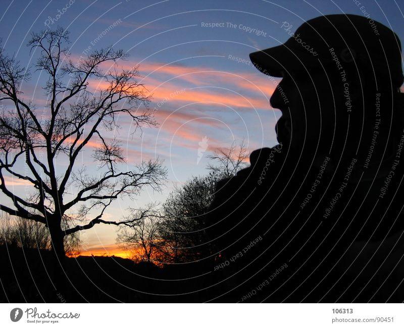 SOMEWHERE IN AFRICA Mensch Mann Natur Himmel Baum Sonne schwarz Wolken Erholung Park warten Nase Afrika Mütze Bekleidung Baseballmütze