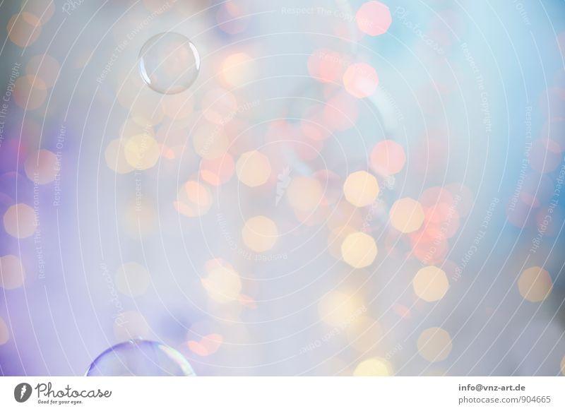 Farblich Kugel glänzend blau violett rosa türkis Lichterkette Weihnachten & Advent Weihnachtsbeleuchtung Seifenblase Blase Farbfoto mehrfarbig Innenaufnahme