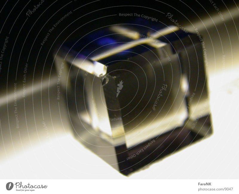 Glaswürfel_02 Dinge Würfel Kristallstrukturen