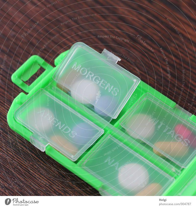 morgens... blau grün weiß rot grau Gesundheit braun Gesundheitswesen authentisch einzigartig Kunststoff Krankheit Schmerz Medikament Verpackung wählen