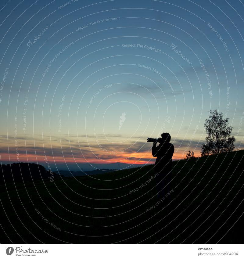 sunset photographer Mensch Himmel Natur Ferien & Urlaub & Reisen Mann Baum Landschaft Wolken Freude Ferne dunkel Erwachsene Berge u. Gebirge Freiheit