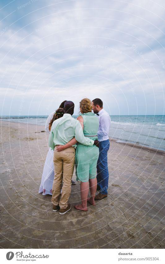 Freunde Freude Freizeit & Hobby Freundschaft Paar Umwelt Natur Himmel Wolken Schönes Wetter Wellen Küste Strand frei Freundlichkeit Fröhlichkeit frisch