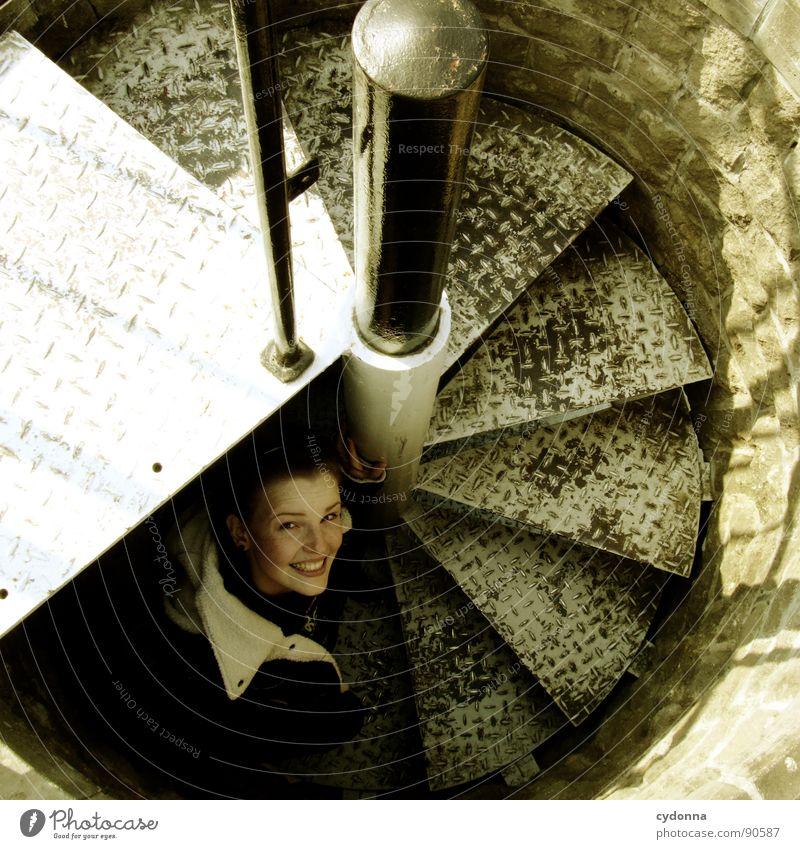 Step by Step Frau Mensch Natur Freude Gesicht Leben Gefühle Bewegung Glück Architektur lachen Wärme Stimmung Ausflug Treppe Fröhlichkeit