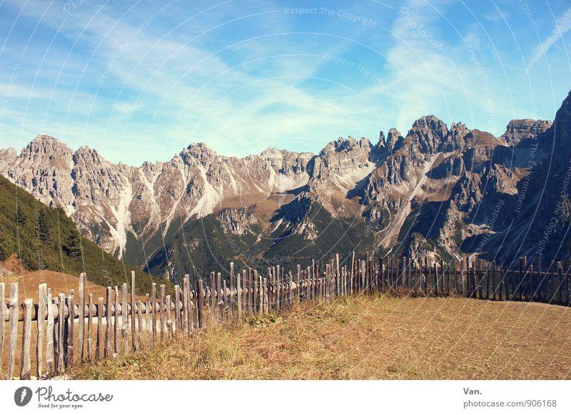 Der Berg ruft! Himmel Natur Ferien & Urlaub & Reisen Landschaft Wolken Berge u. Gebirge Wärme Herbst Wiese Gras wandern hoch Schönes Wetter Gipfel Alpen Zaun