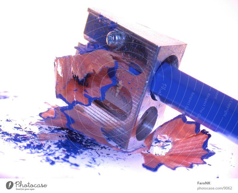Anspitzer blau Holz Farbstift