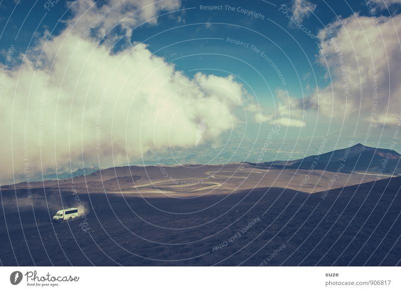 Unwegsames Gelände Ferien & Urlaub & Reisen Tourismus Ausflug Abenteuer Expedition Berge u. Gebirge wandern Umwelt Natur Himmel Wolken Vulkan Verkehrsmittel