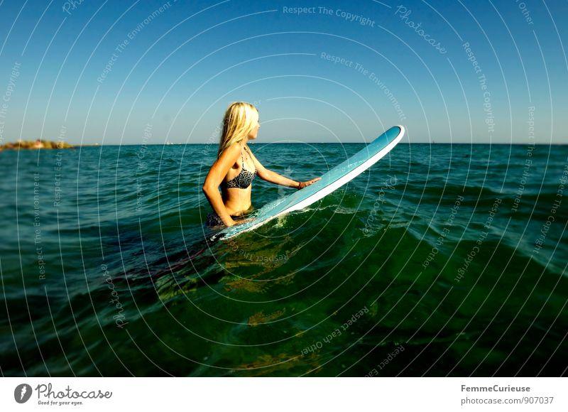 SurferGirl_13 Mensch Frau Ferien & Urlaub & Reisen Jugendliche Sommer Sonne Meer Junge Frau 18-30 Jahre Strand Ferne Erwachsene Bewegung feminin Sport Freiheit