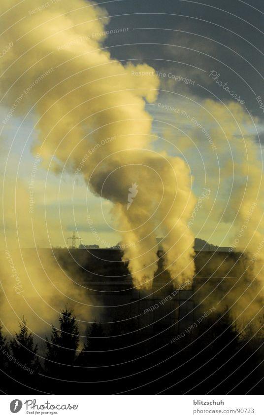 fabriknebel Himmel Natur blau Landschaft Wolken Umwelt Zeit Arbeit & Erwerbstätigkeit Nebel dreckig Aussicht Industrie Industriefotografie viele Rauch Fabrik